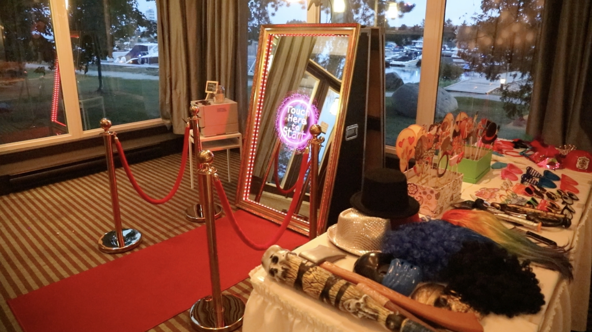 Mirror Photo Booth Rental Company in Tomball, Tx